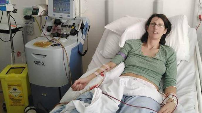 """How COVID-19 Almost Killed a Healthy Woman With """"No Normal Symptoms"""""""