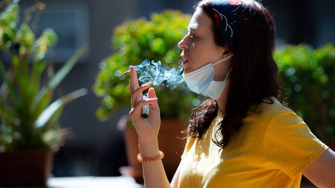 Smoking Has Negative Effects for Psoriasis Patients