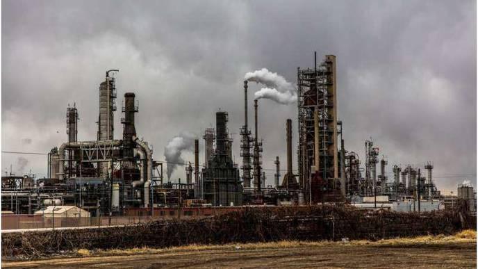 8 Ways Chemical Pollutants Harm the Body